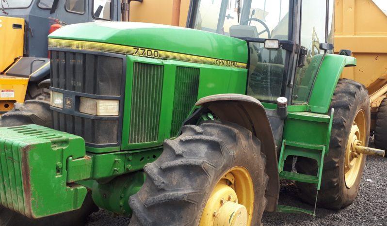 JOHN DEERE 7700 TRACTOR FOR SALE IN PRETORIA full