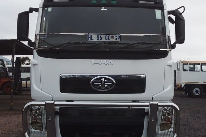 FAW 33.420FT TURBO INTERCOOLED (2018) DOUBLE DIFF HORSE FOR SALE IN PRETORIA GAUTENG full